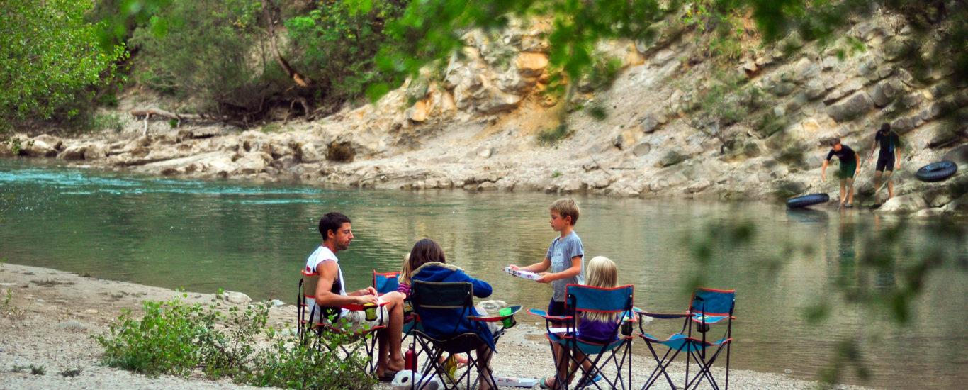 Activités à pratiquer en bord de rivière lors d'un camping