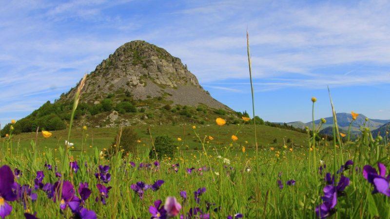 Visitez le fameux Mont Gerbier des Joncs